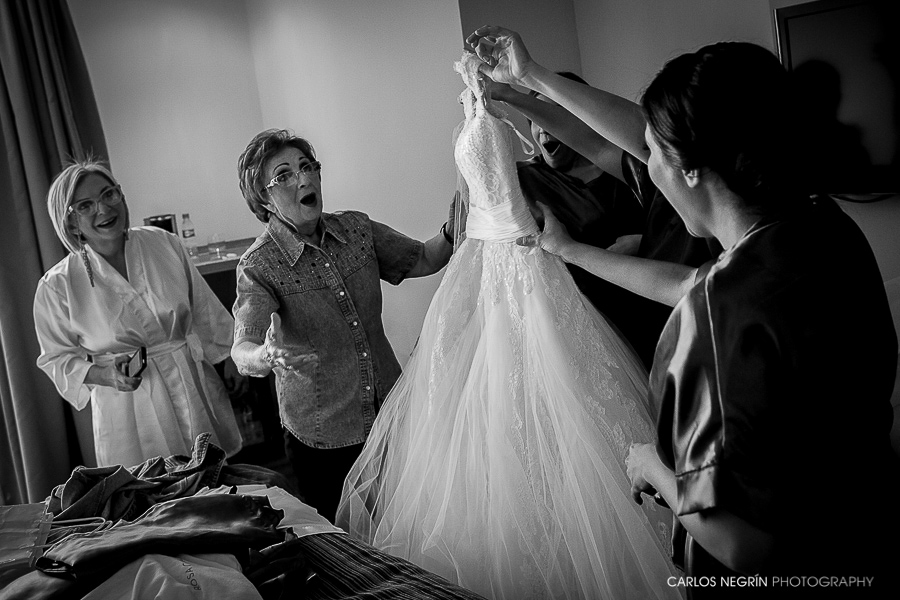 V+R, Carlos Negrín Photography, un equipo de dos fotógrafos profesionales de boda en A Coruña, Galicia, España