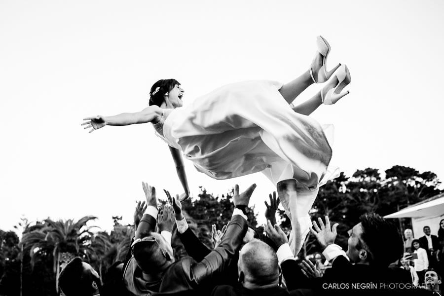Fotografía de bodas diferentes en Alcalá de Henares, Carlos Negrín Wedding Photographer